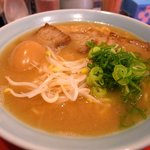 18244978 - ラーメン700円+煮玉子100円