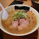 野方ホープ - 野方ホープ ラーメン(740円)