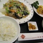 Chuugokuryouritoushunkaku - サービス定食