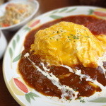 18258255 - 「ダブルソースのオムライス」(760円)+スープ・サラダセット(+140円)