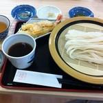 18262057 - ざるうどん+天ぷら