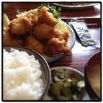 せいちゃん食堂 - 唐揚げ定食