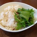ドゥエ イタリアン シオサイト - 玄米入りご飯