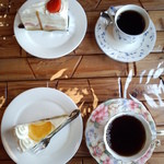 駒ケ岳洋菓子工房 - イチゴショートとレアチーズケーキ