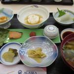 ホテルアベスト青森 - いや~ 朝からこんな料理ですか!