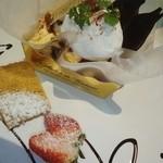 18279426 - ケーキセットのティラミスです。ブランデーが強めで結構甘かったです。