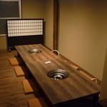 海物焼 新島水産 - ☆2階の座敷席は広々です☆