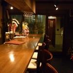 海物焼 新島水産 - ☆カウンター席もデートに良さそうです!(^^)!☆