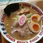 ラーメン屋 壱番亭 - 魚介とんこつ味玉醤油ラーメン 819円