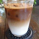 Raw cafe - アイスカプチーノ