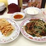 餃子の王将 - 料理写真:やっぱ元気の組み合わせはこれでしよ。