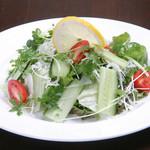 あてや - 野菜の味が分かるとてもスッキリしたサラダです!