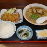 因島産直センターうまや - 日替りラーメン定食