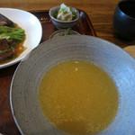 18305891 - 中国食堂261@豚の角煮と春雨、筍の醤油煮込み 850円_02