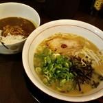 大河 - 大河ラーメン&豚骨カレー
