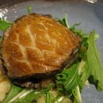 18312841 - 25年4月 活鮑のステーキ オリジナル肝ソースで