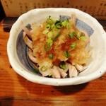あほうどり - 鶏皮湯引き367円