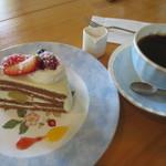 ジヴェルニー - 料理写真:常盤の森ブレンドケーキセット¥680