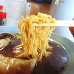 ハルピン食堂 - 麺リフト