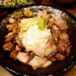 マルテキ屋 - 串焼き六種盛合せ¥850 2013.3.21