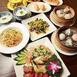 チャイナムーン - 見ても楽しめる、食べれば更に美味しく楽しい中華料理が勢ぞろい♪【新宿三丁目】【中華料理】【点心】