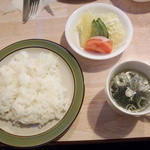 とんかつもりや - 盛り合わせBの御飯とサラダとスープ