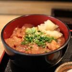 旬の味 菜々せ - まぐろ丼(ごまだれ)