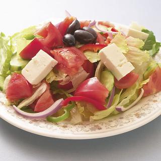 ギリシャのサラダ!格が違います!