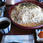 鐘聞亭 - 【二食麺】の全体はこんな感じです。