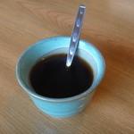 かき船 - 食後のコーヒーはお茶碗で
