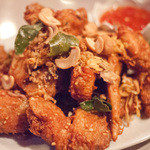 タイ料理レストラン ジンラック - ガイトードタックライ