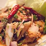タイ料理レストラン ジンラック - ナムトックムー