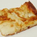 ブレッドルーム - ポテトピザ(\200、2013年3月)