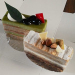 菓子工房 蘭す - 手前:マルジョレーヌ後方:抹茶と栗のケーキ