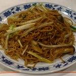 重慶飯店 - 黄にらの焼きそば