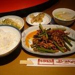 知味斎 - ランチ 茄子と細切り肉のピリ辛酢炒め1050円