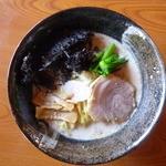 ラーメンと居酒屋 味平 - 料理写真:小町ラーメン ¥750