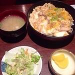 18351644 - H25.04  イチ押しNo.1「究極の親子丼 」¥1,000