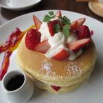 ホノホノカフェ - フレッシュフルーツパンケーキ