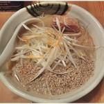 味噌麺 高樋兄弟 - 味噌らー麺 \750 濃厚かつマイルドで食べやすい味噌ラーメンです。パッと見は小ぶりですがボリュームも十分!