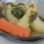 18363301 - じゃが芋とセロリと人参のブロッコリーのブレイス。