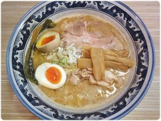 秋葉原つけ麺 油そば 楽 - 味玉らーめん \780 旨味たっぷりWスープ!でもクドさはなく、食べやすいです。