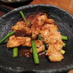 18364534 - 鶏とにんにくの芽の辛味噌炒め