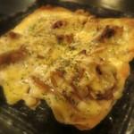 18365372 - 薄焼きピザ