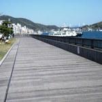 Fukufukumanjuu - 尾道水道の東方面 右が向島、左が本土