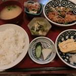 神戸百番 - 日替わり定食は780円なのだ。