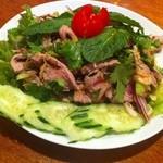 タイ料理 ディーディー - ムータカイ(豚のレモングラスサラダ、1,000円)
