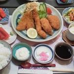 花になあれ - 料理写真:ミックスフライ定食(1,000円)のBセット(+500円)