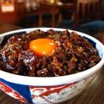 松尾食堂 - 肉丼 卵入り