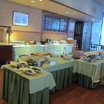 花水木 - このホテルの朝食も大きなシティホテルで採用されてるビュッフェスタイルの朝食です。